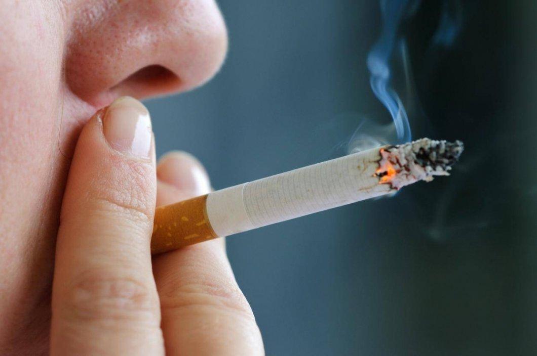 zdarma sestra kouření