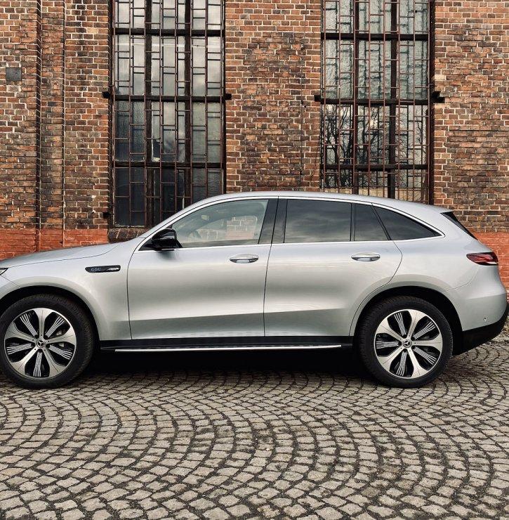 Mercedes-Benz EQC aneb Elektrizující výkon v podání Mercedesu