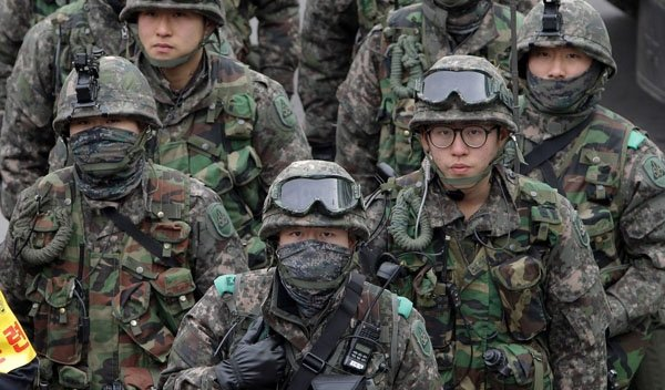 Gay vojenské seznamky